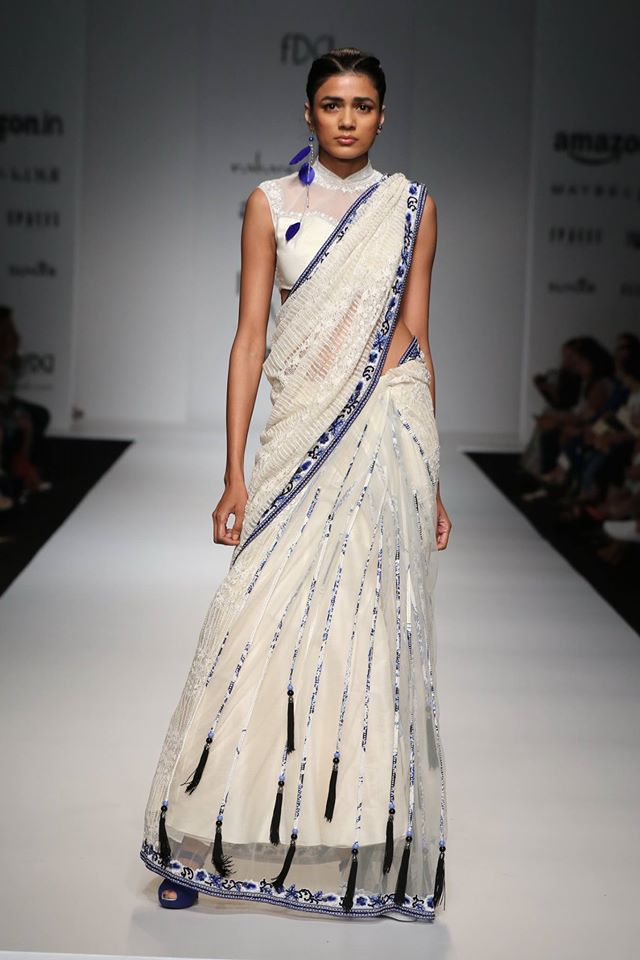Scarlet Bindi South Asian Fashion And Travel Blog By Neha Oberoi Amazon India Fashion Week Ss
