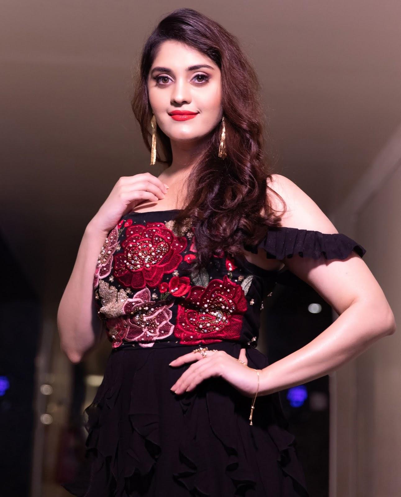 Actress Surabhi Latest Photos