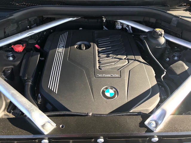 Engine in 2019 BMW X7 xDrive 40i