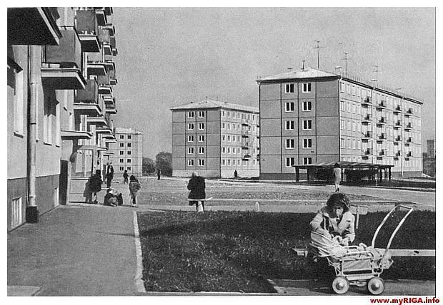 Начало 1960-х годов. Рига. Югла. На прогулке