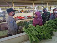 Ops Yustisi Polsek Firdaus Sasar Pengunjung Pasar Rakyat Berikan Himbauan Edukasi Masyarakat Mengenai Prokes