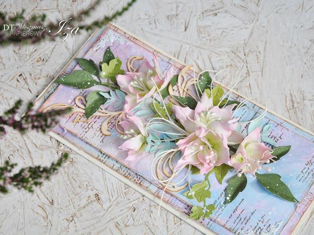 kartka z pastelowymi kwiatami