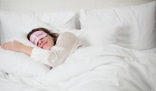 Tips Mudah Cara Tampil Cantik Secara Alami Dengan Melakukan Tidur Yang Cukup