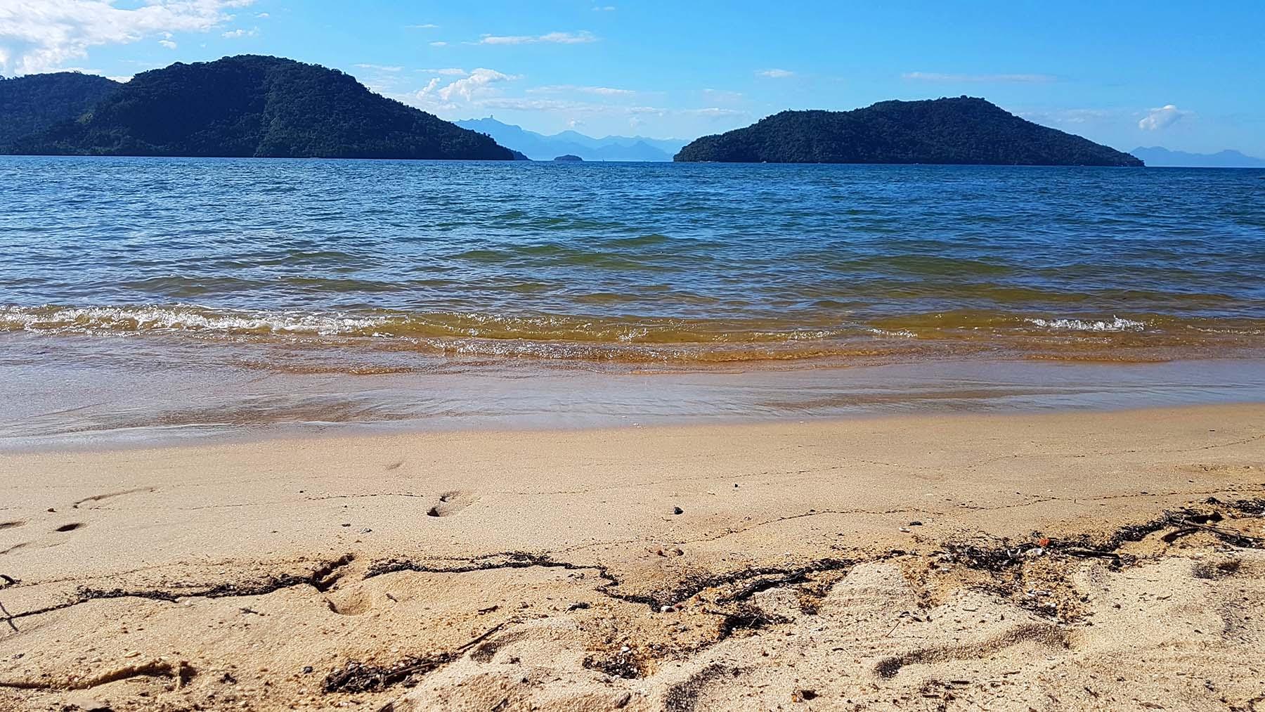Praia de Paraty-Mirim.