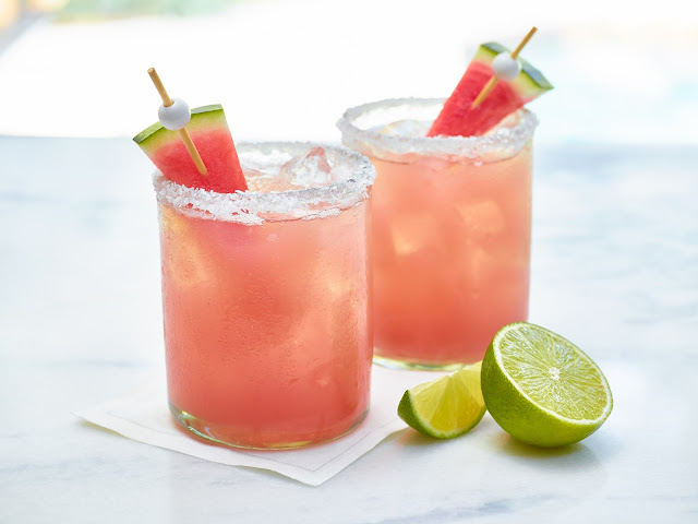 Margarita au melon d'eau (sur glace)