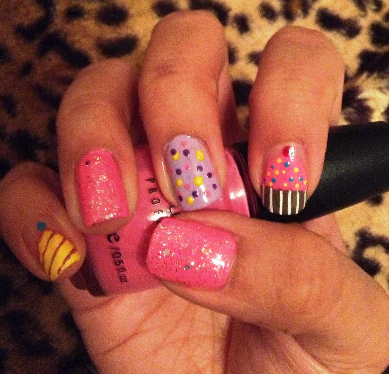 5 Finger Discount Cute Holiday Nail Art On A Budget Easy Birthday Nails