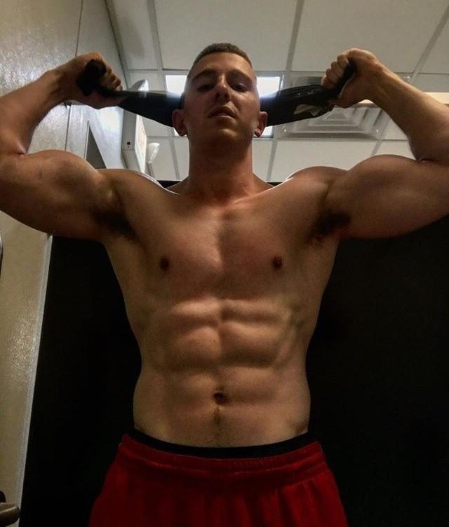 dominant-straight-masculine-bro-muscle-bare-chest-body-abs-pecs