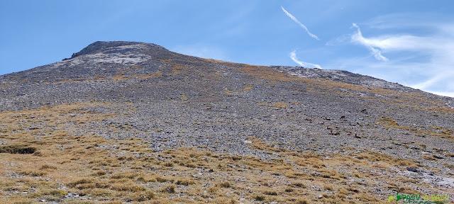 Vista de la subida a la Padiorna por la Colladina de las Nieves