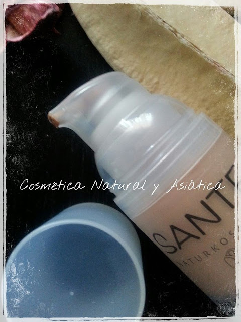 sante-maquillaje-soft-cream-tono-light-beige-detalle