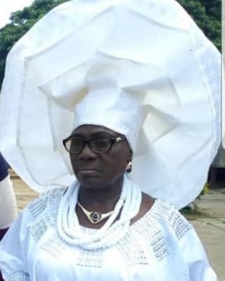 Big outrageous Yoruba Gele