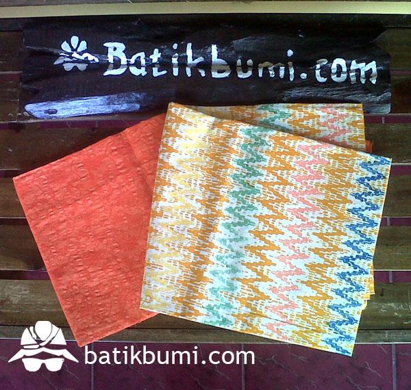 Kain Batik Cap Tirtotedjo + Katun Emboss Polos