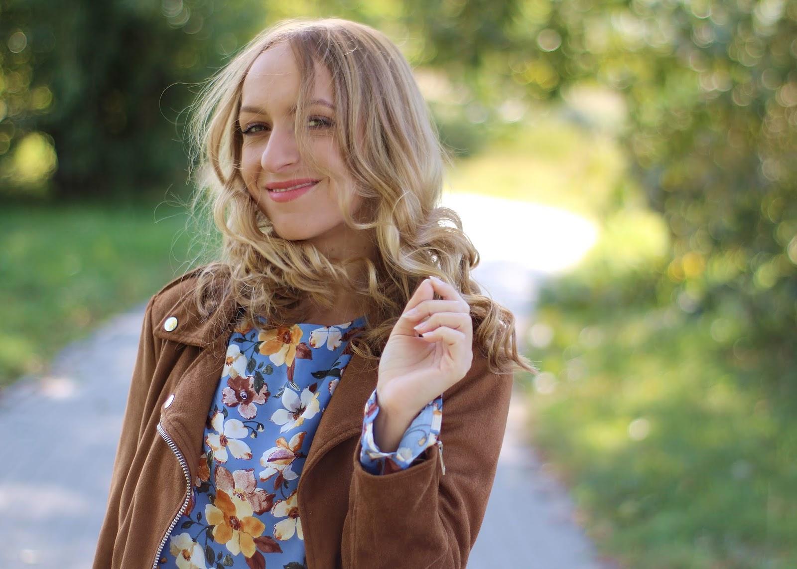 Jesienna bluzka w kwiatki | Floral blouse for autumn