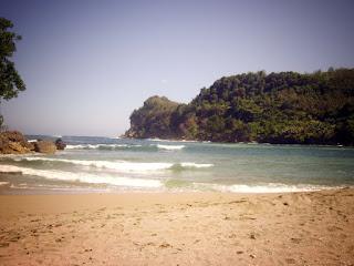 pemandangan Alam Tempat Wisata Pantai Pangi