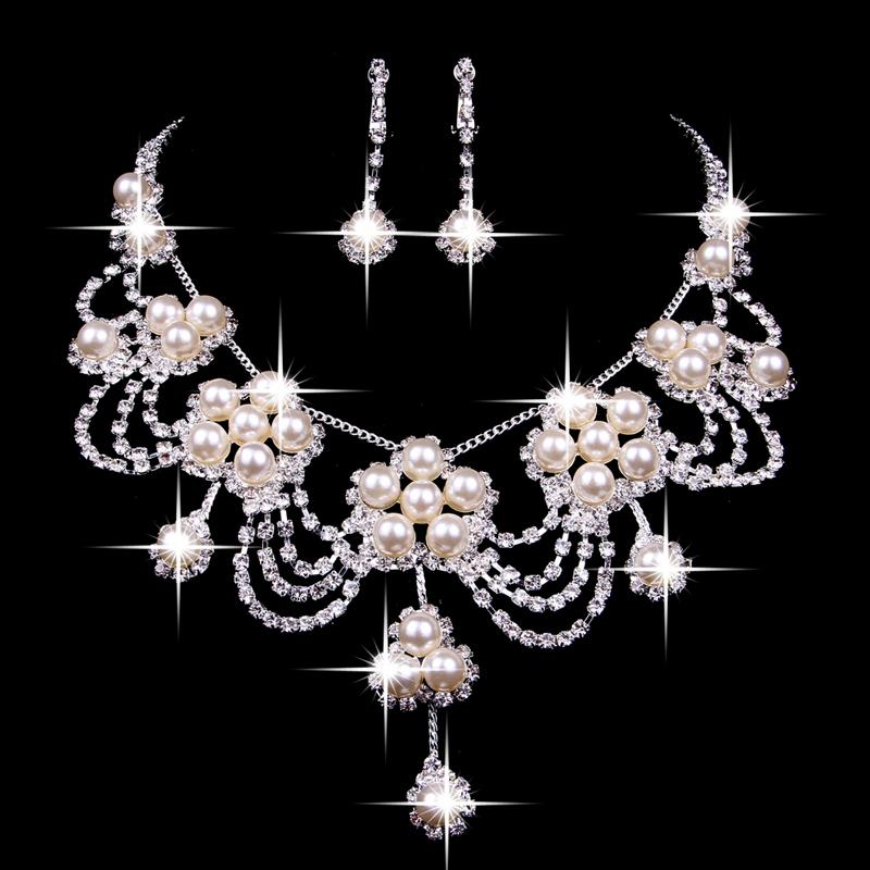 3ca9e7f1d132 Somos una empresa productora y comercializadora de joyas finas en oro y  plata de la más alta calidad plasmada en el arte de la exclusividad y el  diseño.