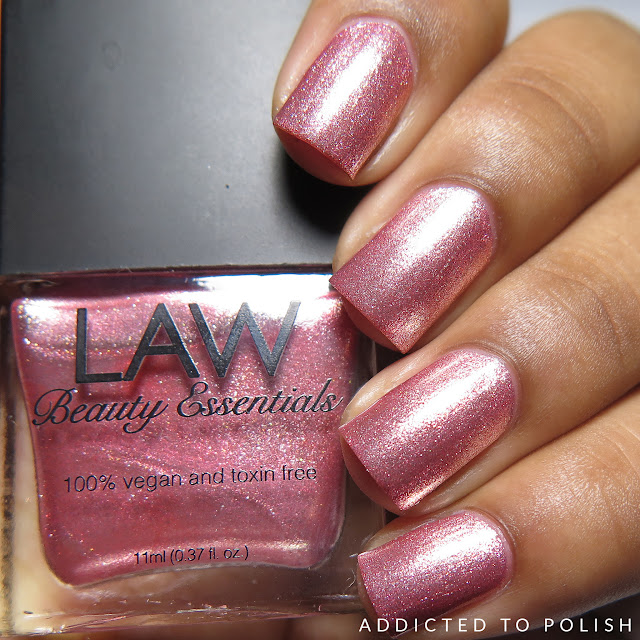 Law Beauty Essentials Pink Shimmer-ade