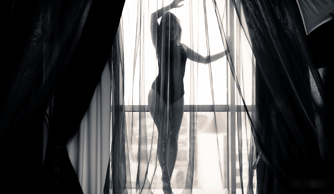 The best boudoir poses for your session