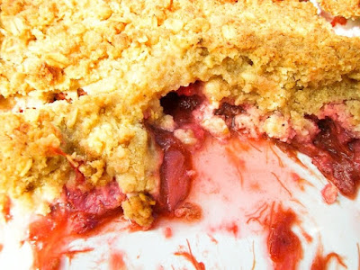 Scottish Strawberry & Rhubarb Crumble
