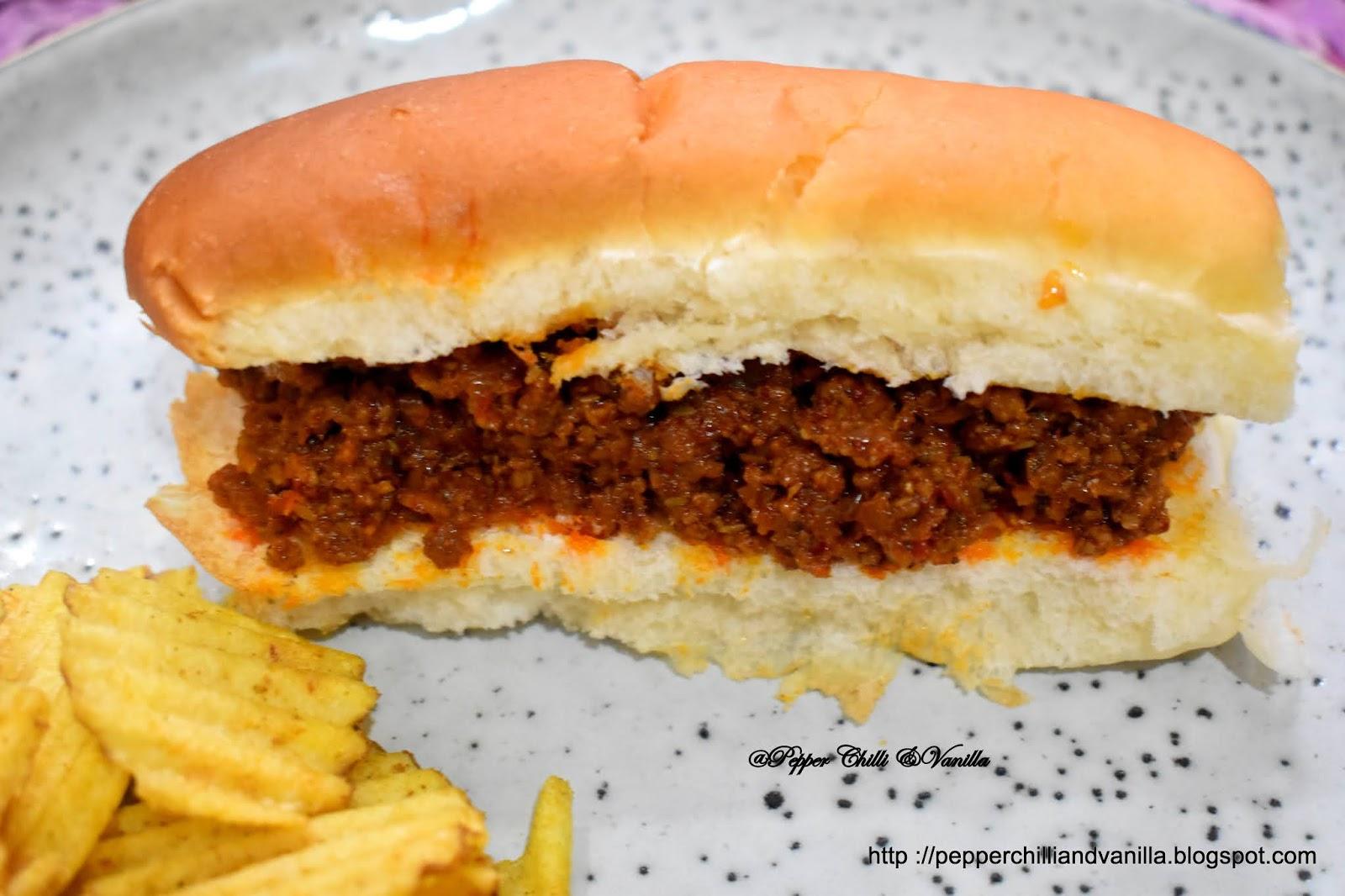 mince hot dog roll