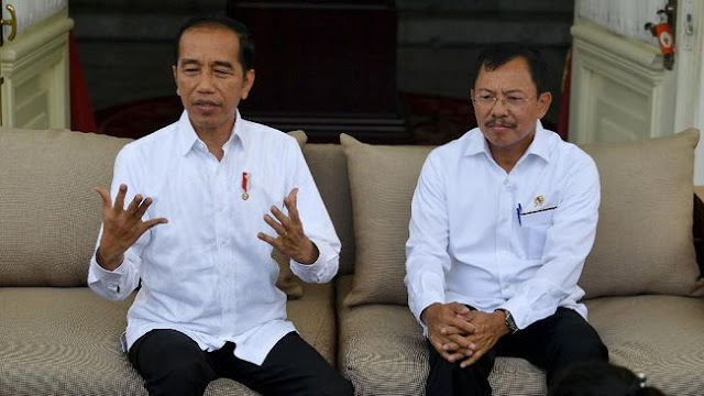Dua Pasien Positif Corona, Jokowi Tetap Diskon Tiket Pesawat