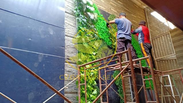 Tukang taman vertical pati