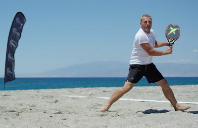 Jugar al Beach Tennis en los Clubes de Padel.