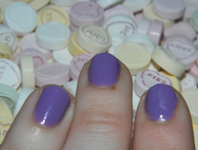 Blog review of MUA love hearts range nail varnish swatch LOVE U 24/7