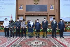 Bupati Masnah Hadiri Paripurna PAW Pelantikan Anggota DPRD kabupaten Muaro Aidi Hatta