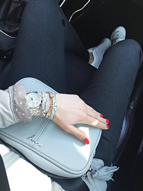 Novamoda stylizacje, streetstyle, białe trampki, moda po 30ce, blog po 30ce, trendy, inspiracje, comfy look, Novamoda streetstyle,
