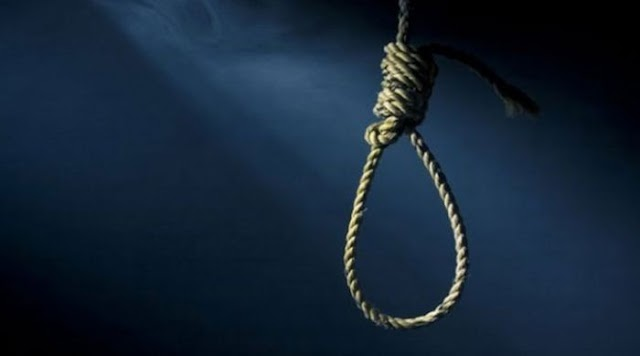 Shock As Lottery Operator Hangs Himself In Lagos (You Won't Believe What He Wrote In His Suicide Note)