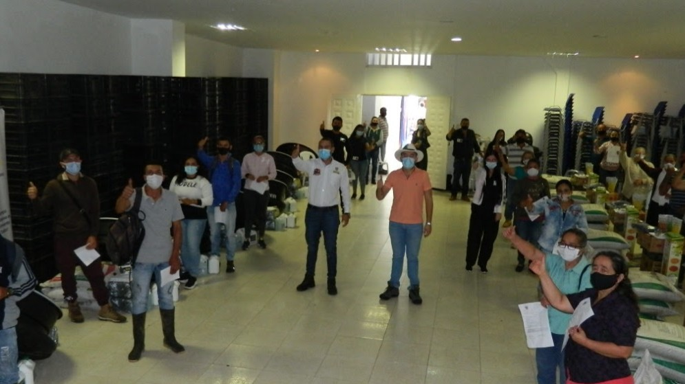 Productores de La Celia y Balboa fortalecen sus principales líneas productivas en el campo