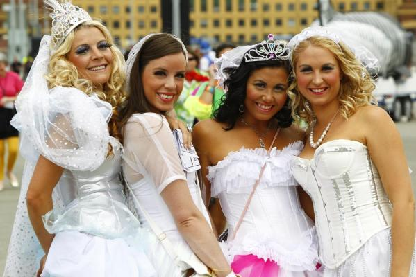 sexy brides in corsets at the sevens