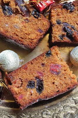 8 Delicious Christmas Fruit Cake Recipes - Eggless Fruit Cake Recipes