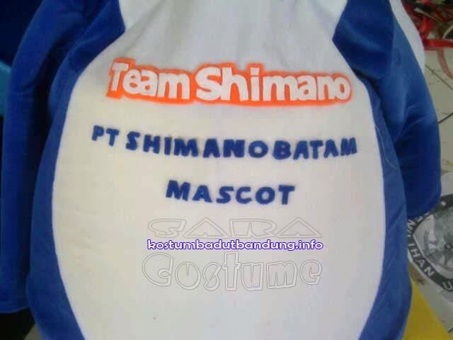 Maskot Badut Lumba Lumba Kostum Shimano Batam