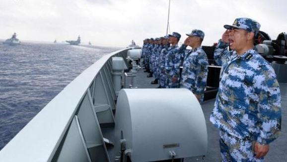 Trung Quốc một mặt ngoại giao khẩu trang, một mặt ngang ngược ở Biển Đông