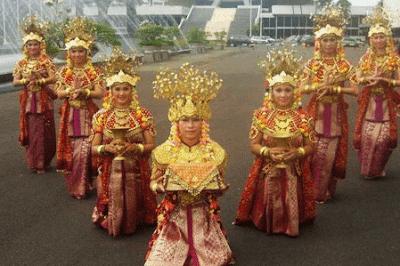 Tari Gending Sriwijaya Tarian Daerah Sumatera Selatan