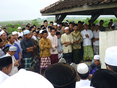 Bacaan atau Doa Talqin Mayit Lengkap Dengan Pengertian dan Hikmahnya