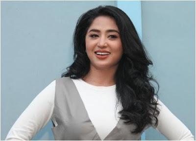 Kumpulan Lagu Dewi Persik Terbaru dan Terheboh Mp3 Full Rar 2017