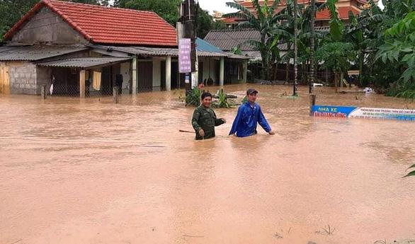 1 người chết, 8 người mất tích do mưa lũ ở Quảng Trị và Thừa Thiên Huế