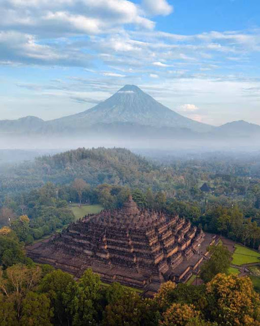 Destinasi Wisata Candi Borobudur Magelang