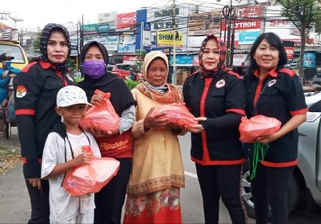 Aksi Peduli LSM SIGAB Berbagi Takjil Gratis di Tangerang