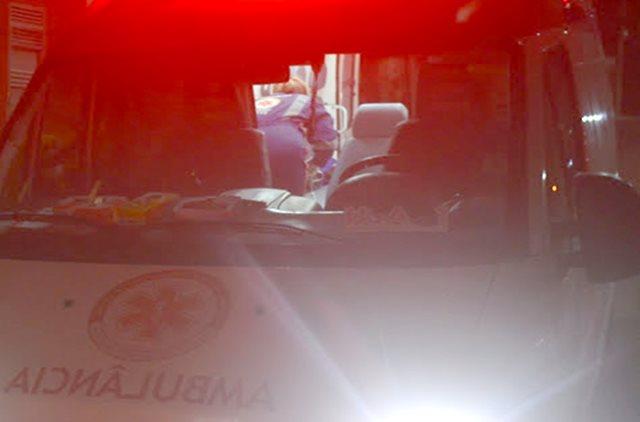 SAMU socorre adolescente vítima de queda de moto em Uiraúna