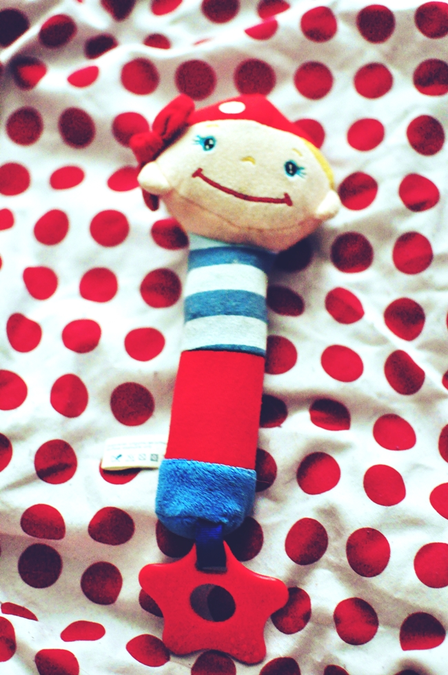 zabawki-dla-niemowlaka_sciskanie