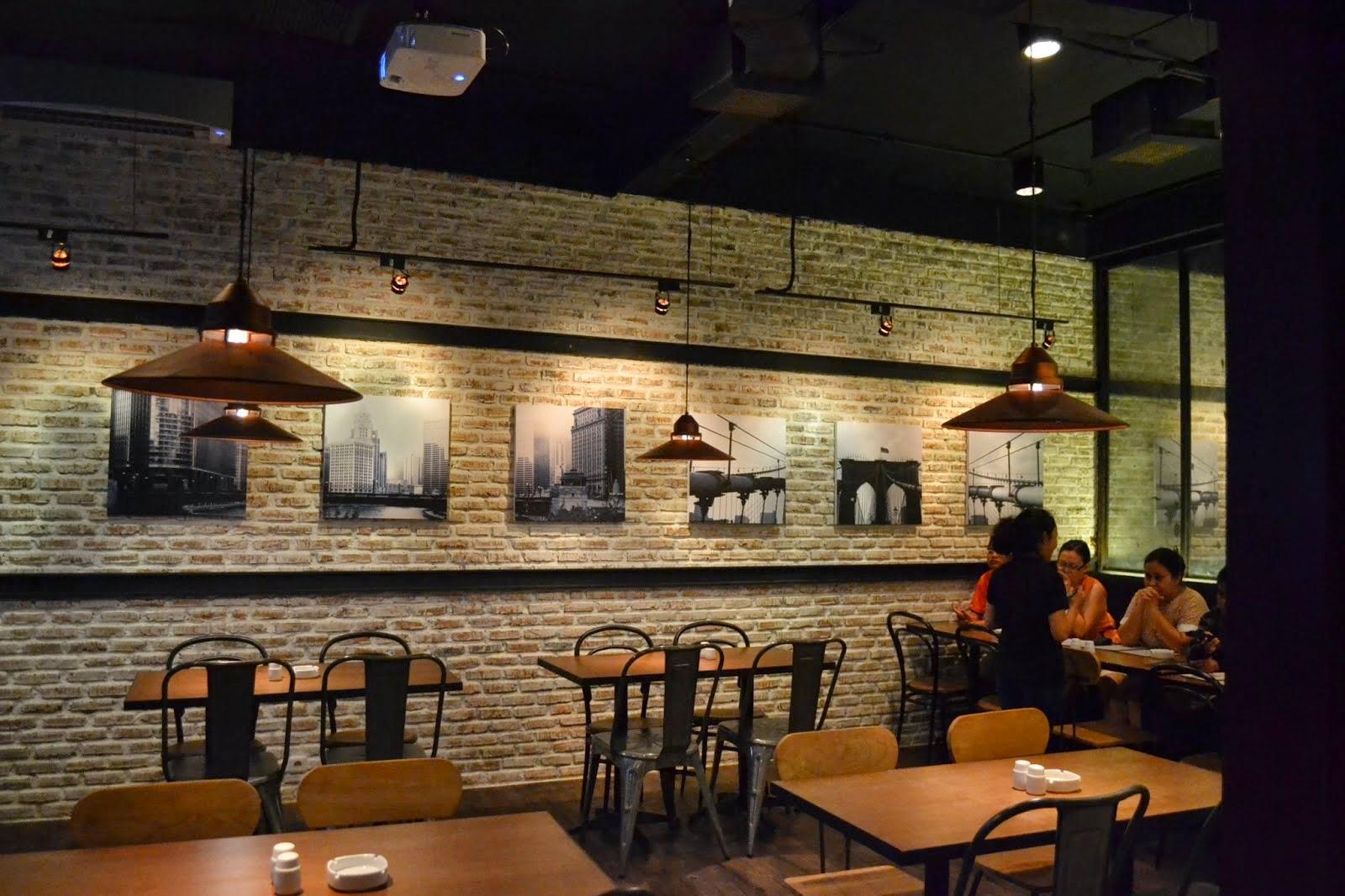 Design Interior  Cafe  Moderen dan Klasik