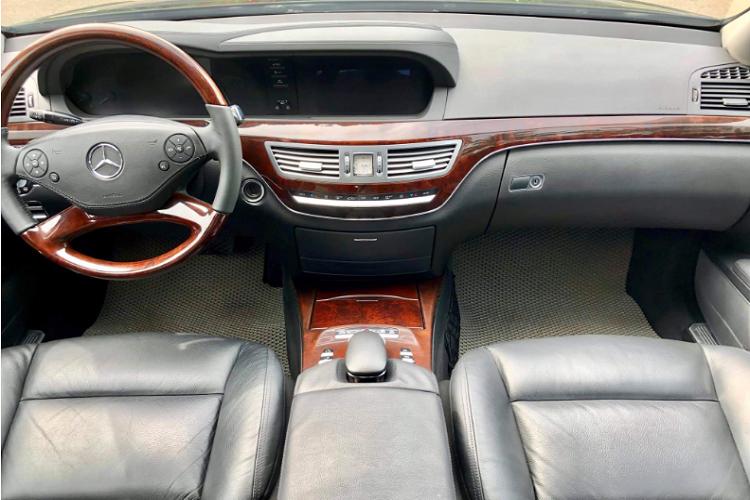 Mercedes-Benz S300 dùng 8 năm, chỉ 999 triệu tại Hưng Yên