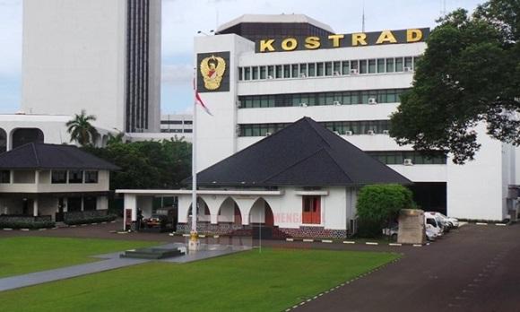 Gedung markas pusat tentara kostrad di Jakarta