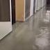 В Дніпровському районі стався прорив водопроводу: затоплено 10 поверхів новобудови