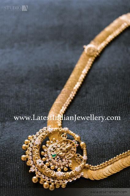 Kasumala Round Lakshmi Pendant