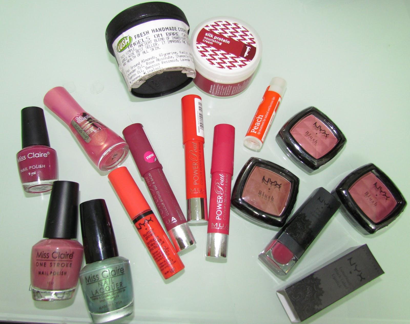 Lush makeup