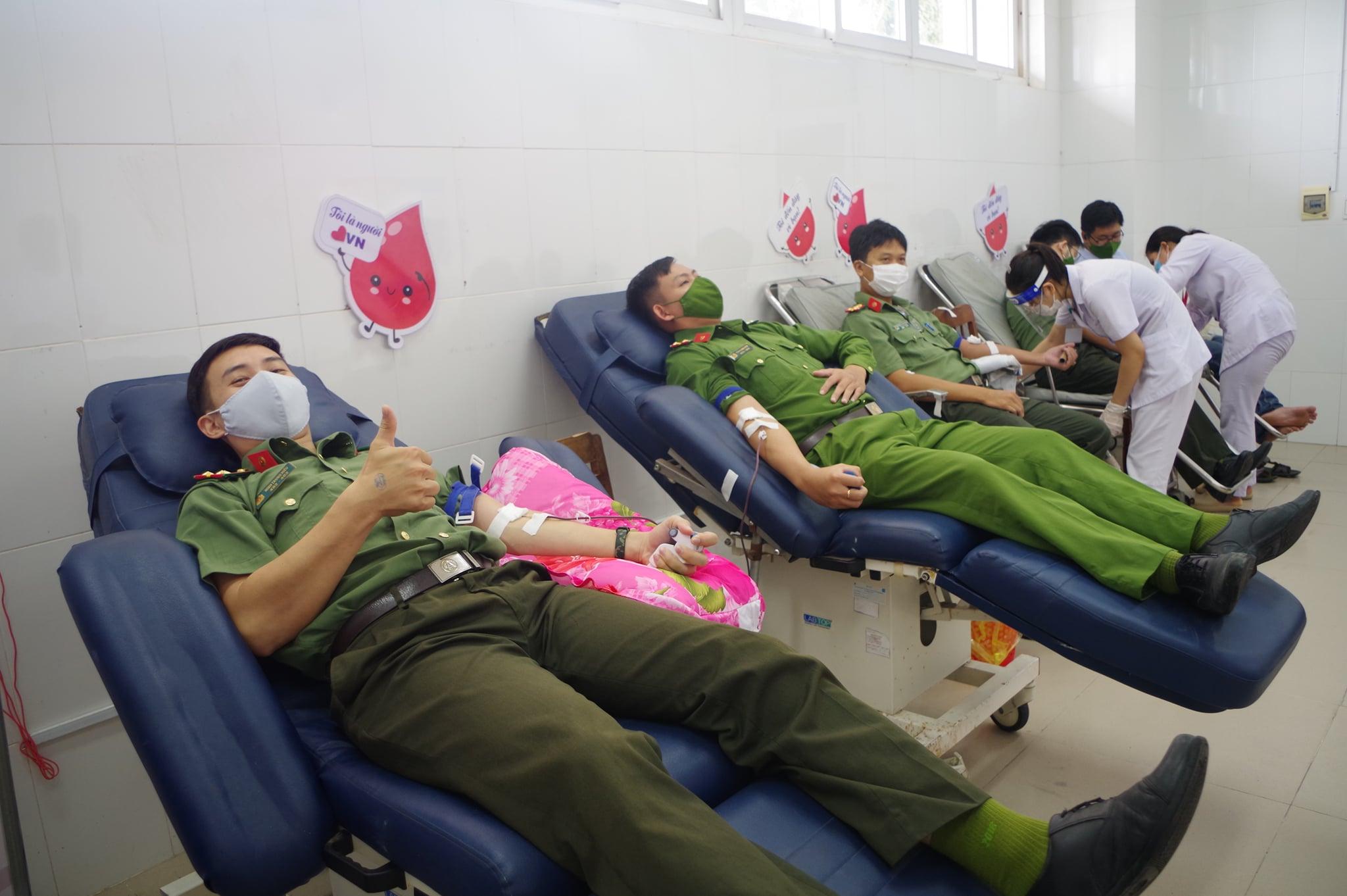 Công an Ninh Thuận: Chung tay cùng cộng đồng đẩy lùi dịch bệnh Covid -19