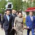 26 июня 2014 в Нефтеюганске состоялось торжественное открытие памятника первому всенародно избранному мэру Владимиру Аркадьевичу Петухову.